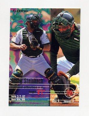 1995 Fleer Baseball #254 Terry Steinbach - Oakland A's