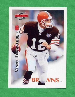 1995 Score Football #128 Vinny Testaverde - Cleveland Browns