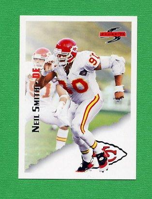 1995 Score Football #119 Neil Smith - Kansas City Chiefs