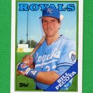 1988 Topps Baseball #433 Bill Pecota RC - Kansas City Royals