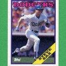 1988 Topps Baseball #305 Steve Sax - Los Angeles Dodgers