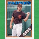 1988 Topps Baseball #031 Bruce Bochy - San Diego Padres ExMt