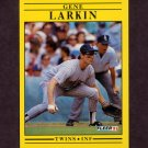 1991 Fleer Baseball #615 Gene Larkin - Minnesota Twins