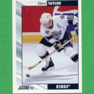 1992-93 Score Hockey #049 Dave Taylor - Los Angeles Kings