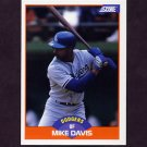 1989 Score Baseball #376 Mike Davis - Los Angeles Dodgers
