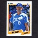 1990 Fleer Baseball #102 Bob Boone - Kansas City Royals