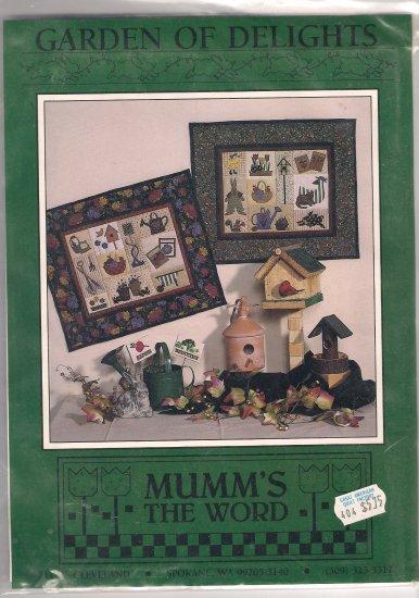 Debbie Mumm Quilting Pattern Garden of Delights Wallhanging Quilt No Sew Applique