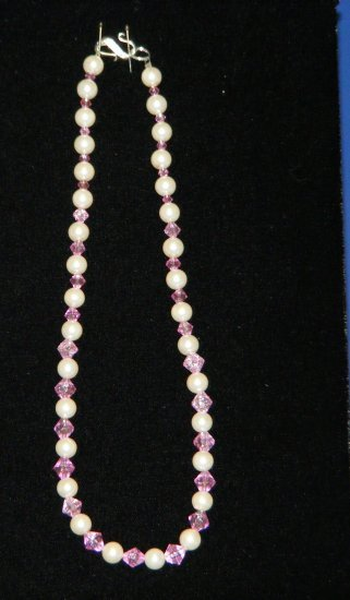 Handcrafted faux pearl necklace