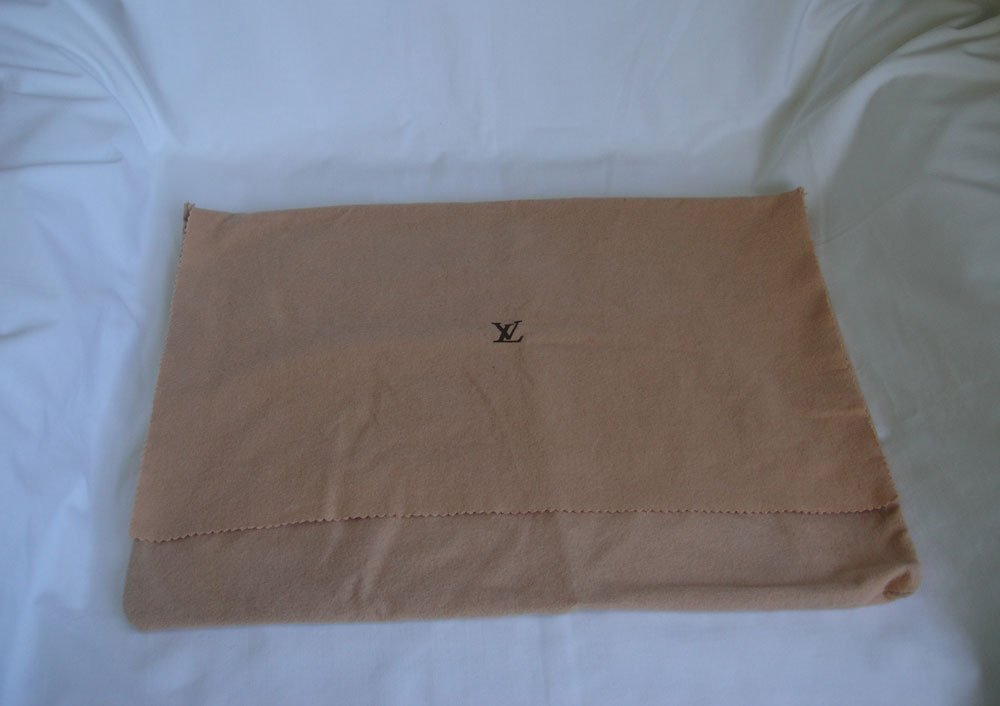 "AUTHENTIC Louis Vuitton Cotton Dust Bag 17"" x 13.25"""
