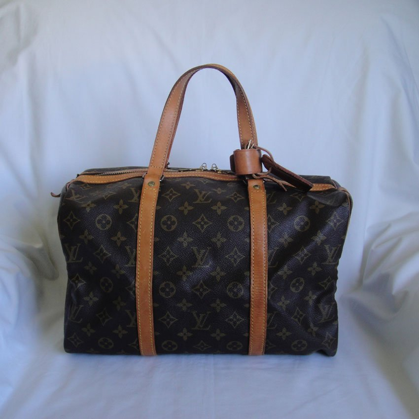 AUTHENTIC Vintage Louis Vuitton Monogram Sac Souple 35