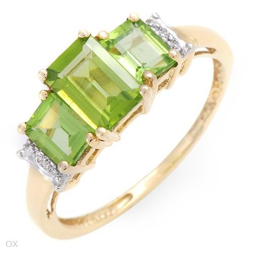 1.91ctw Peridot & Diamonds Ring! Appraised for $370!