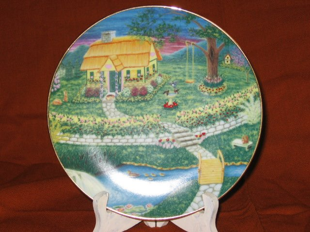 Linda Undermehr Signed Country Cottage Plate