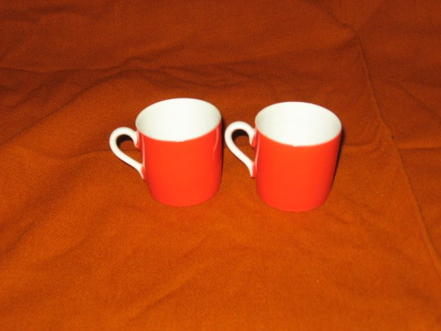 Miniature teacups