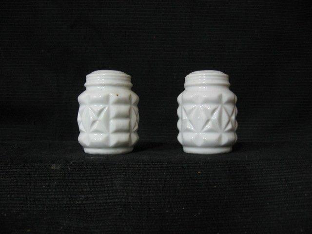 White Ceramic Salt and Pepper Shaker Set
