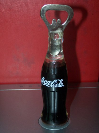 Coca Cola bottle opener/magnet