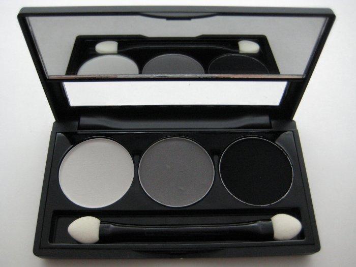 NYX Trio Eyeshadow #01 WHITE - GRAY - BLACK