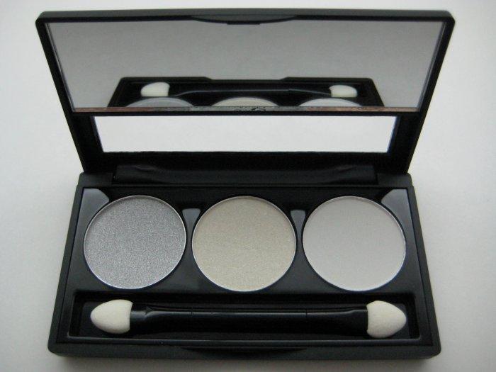 NYX Trio Eyeshadow #35 ULTRA CHIC [Silver Shimmer - Creamy White Shimmer - Matte White]