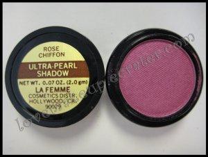 La Femme ULTRA PEARL EYE SHADOW - ROSE CHIFFON