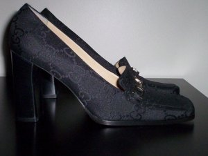 New Gucci Loafers--> Size 7 1/2 (Women's)