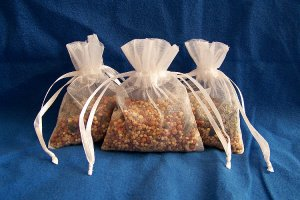 50 Wedding Birdseed Filled Organza Bag Throws