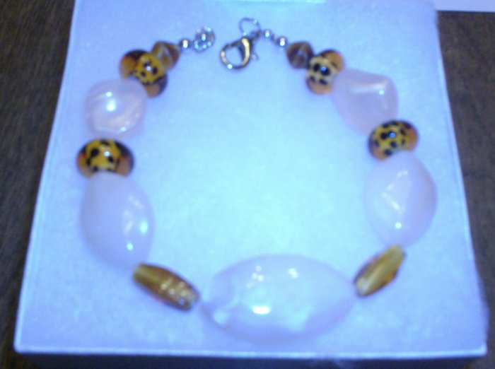 Pink and silver heart shaped Glass bead Bracelet