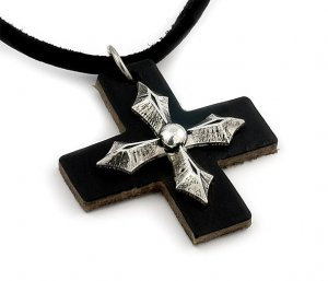 BLACK LEATHER / SILVER CROSS