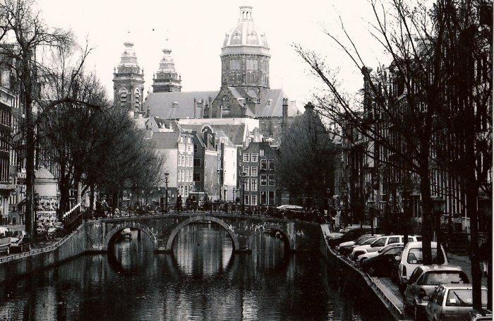Amsterdam (mounted & framed)