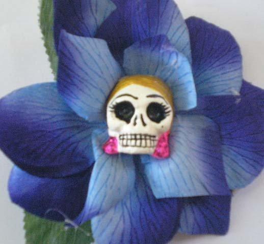 blonde Calavera blue Flower