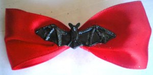 Red Bow / Bat