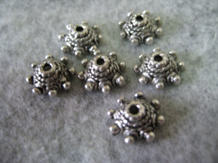 Bali Bead Caps, 4mmx9mm, 4pcs