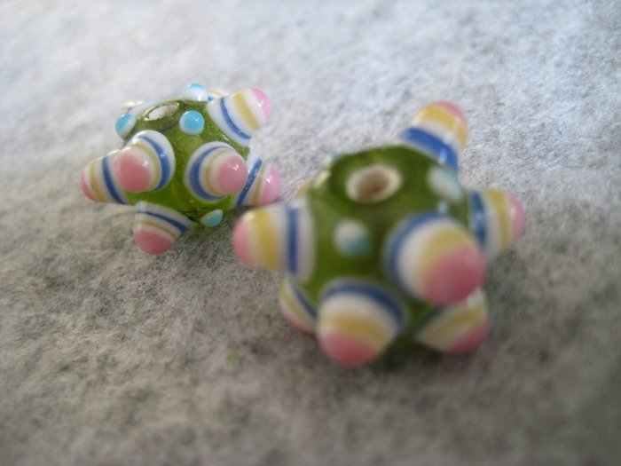 Lampwork Bead, Green, 15mm, 1 pair