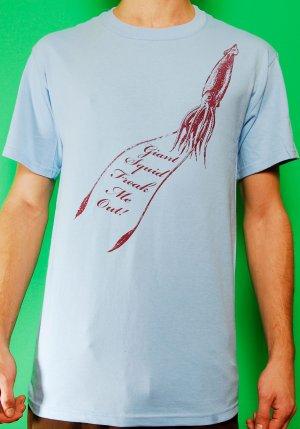 Giant Squid Freak me out Mens Light Blue T-shirt