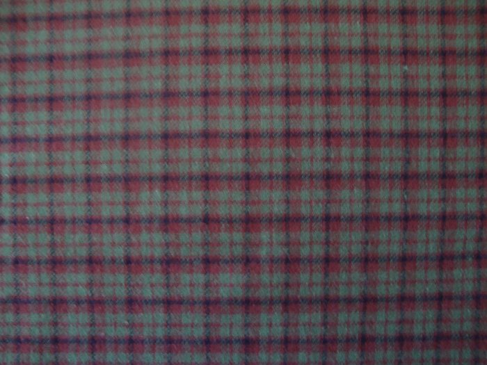 Red & Green Plaid Double Sided Cotton Homespun Flannel Fabric Fat Quarter FQ