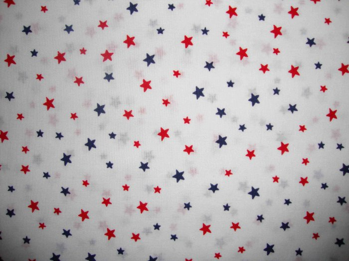 F8 Red & Blue Stars on White Cotton Fabric Fat Eighth F8th