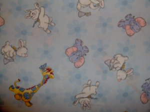 Little Suzy's Zoo Character Toss on Blue Daisies KIDS COTTON FABRIC FAT QUARTER FQ LAST 1