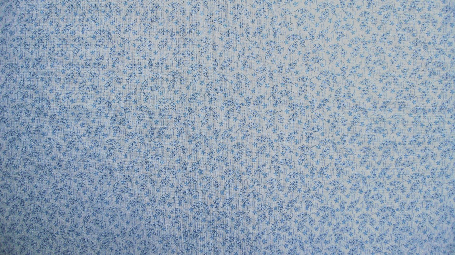 F8 Tonal Blue Dotted Tiny 3 Leaf Flowers Calico Cotton Fabric Fat Eighth F8th