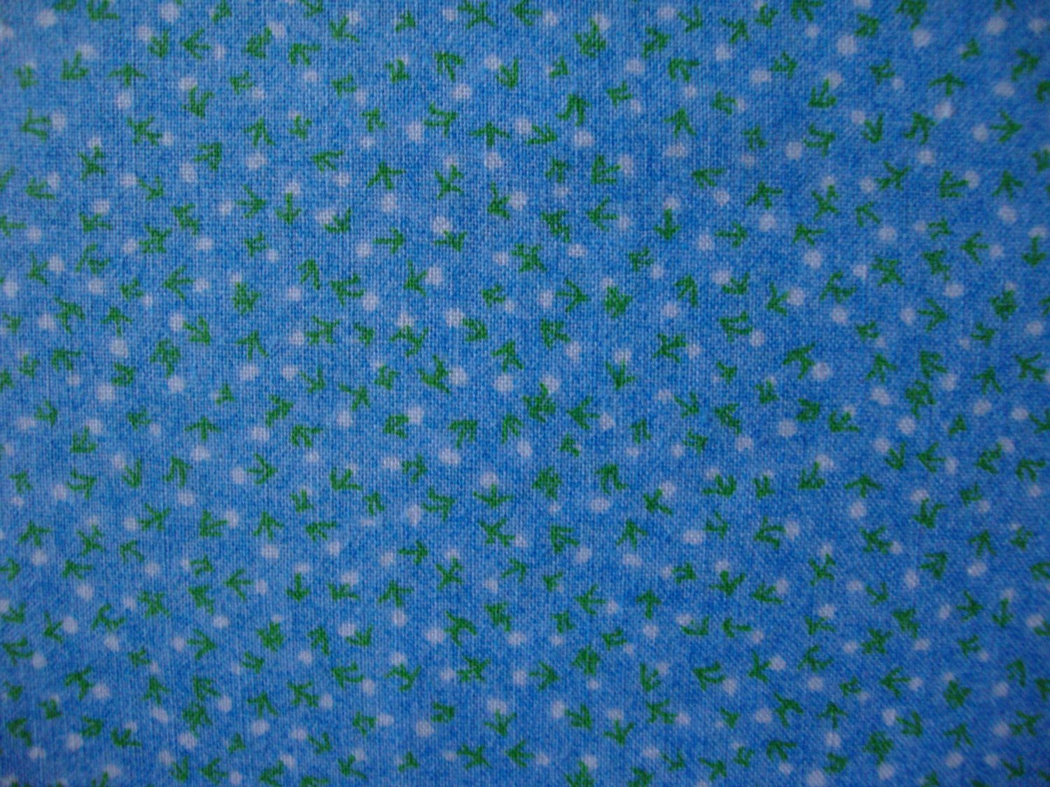 "8 3/8"" Tiny White and Green Flowers on Light Blue Cotton Fabric Bolt End"