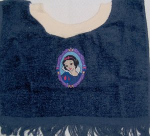 DISNEY PRINCESS Snow White Cameo BABY TERRY CLOTH BABY BIB