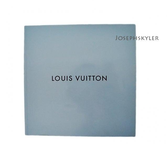 LOUIS VUITTON 2003 Fall Catalogue