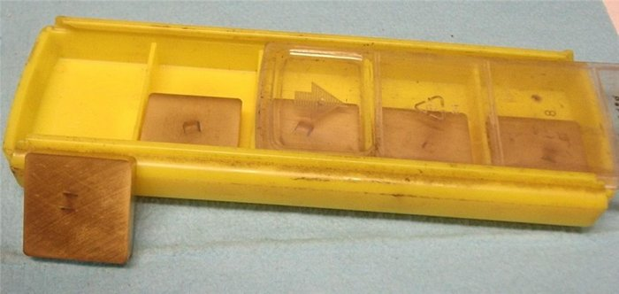 New Stock Kennametal SNG 633 Inserts Box Of 5 KC725M
