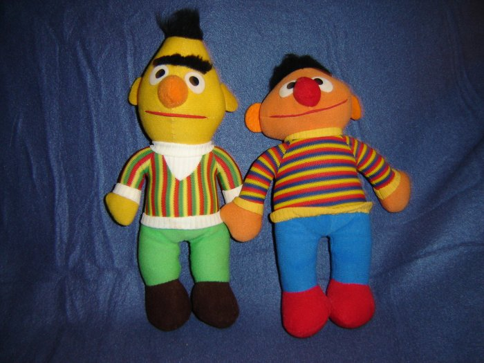 Sesame Street Ernie And Bert Cloth Rag Dolls By Knickerbocker