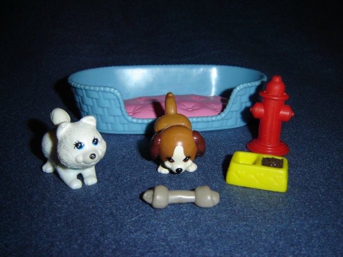 Vintage 1992 Littlest Pet Shop Kenner Playful Puppies Bed Food Dish Bone and Red Fire Hydrant