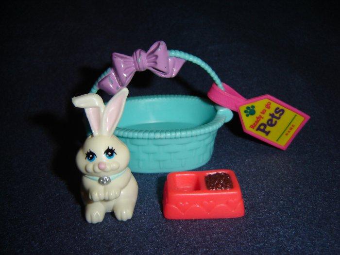 Vintage 1992 Littlest Pet Shop Kenner White Bashful Bunny Rabbit In Basket W Food Dish Travel Tag