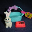 Vintage 1992 Littlest Pet Shop Kenner White Bashful Bunny Rabbit In Basket W Food Dish Travel Tag