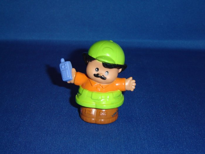 2001 Fisher Price Little People Zoo Keeper In Green and Orange Cell Phone Newer FP LP