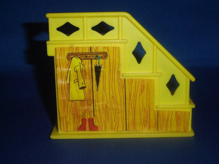 Vintage Fisher Price Little People Yellow Staircase Stairs with Closet 1969 Play Family House 952