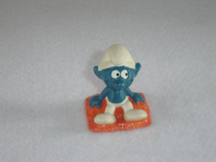Vintage 1975 Red Cushion Sitting Smurf 20085 By Schleich W Berrie Co PVC