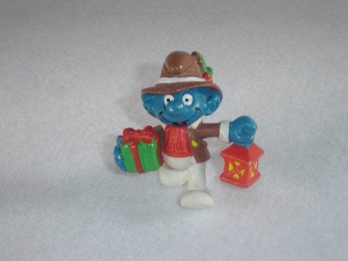 Vintage 1984 Christmas Lantern Smurf Carrying Gift 20201 PVC By Applause From Portugal