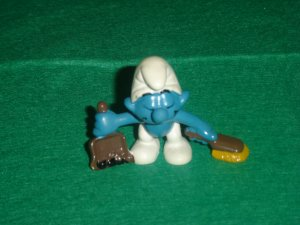 Vintage 1984 Dustpan and Brush Broom Smurf  Busy Sweeping Away 20189 By Applause PVC