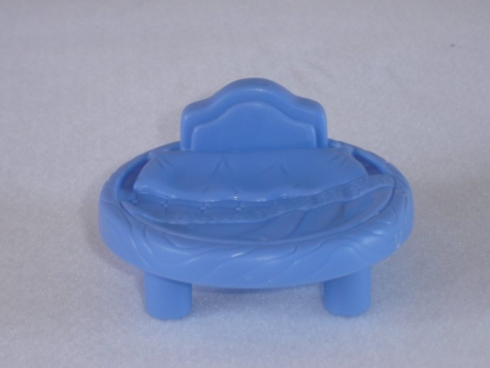 2003 Fisher Price Little People Blue Round Circular Bed Lil Kingdom Castle Newer FP LP